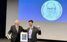 Peter-Singer-Preis für Mahi Klosterhalfen