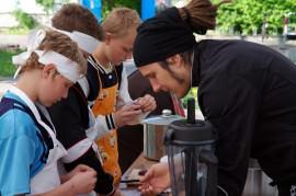 Kinder kochen vegan mit Björn Moschinski