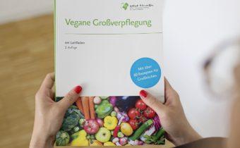Neuer Praxisleitfaden für vegane Großverpflegung