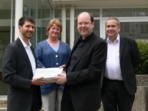Unterschriftenübergabe Verbandsklage Niedersachsen